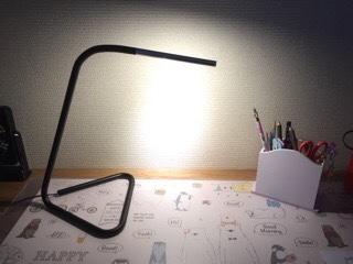 IKEAのテーブルライトが可愛い! 学習机やパソコン机の照明に最適な理由